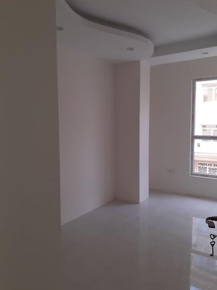 اجاره آپارتمان نوساز سه خوابه در بلوار آلاله شرقی شهر زیبا